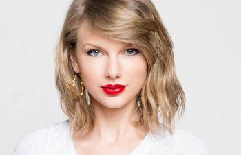 Taylor Swift1206.JPG