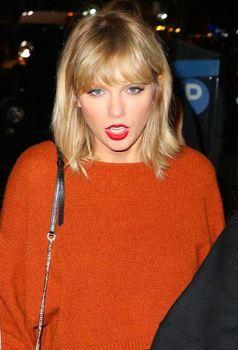 Taylor Swift 最新ファッション 私服 冬服.JPG